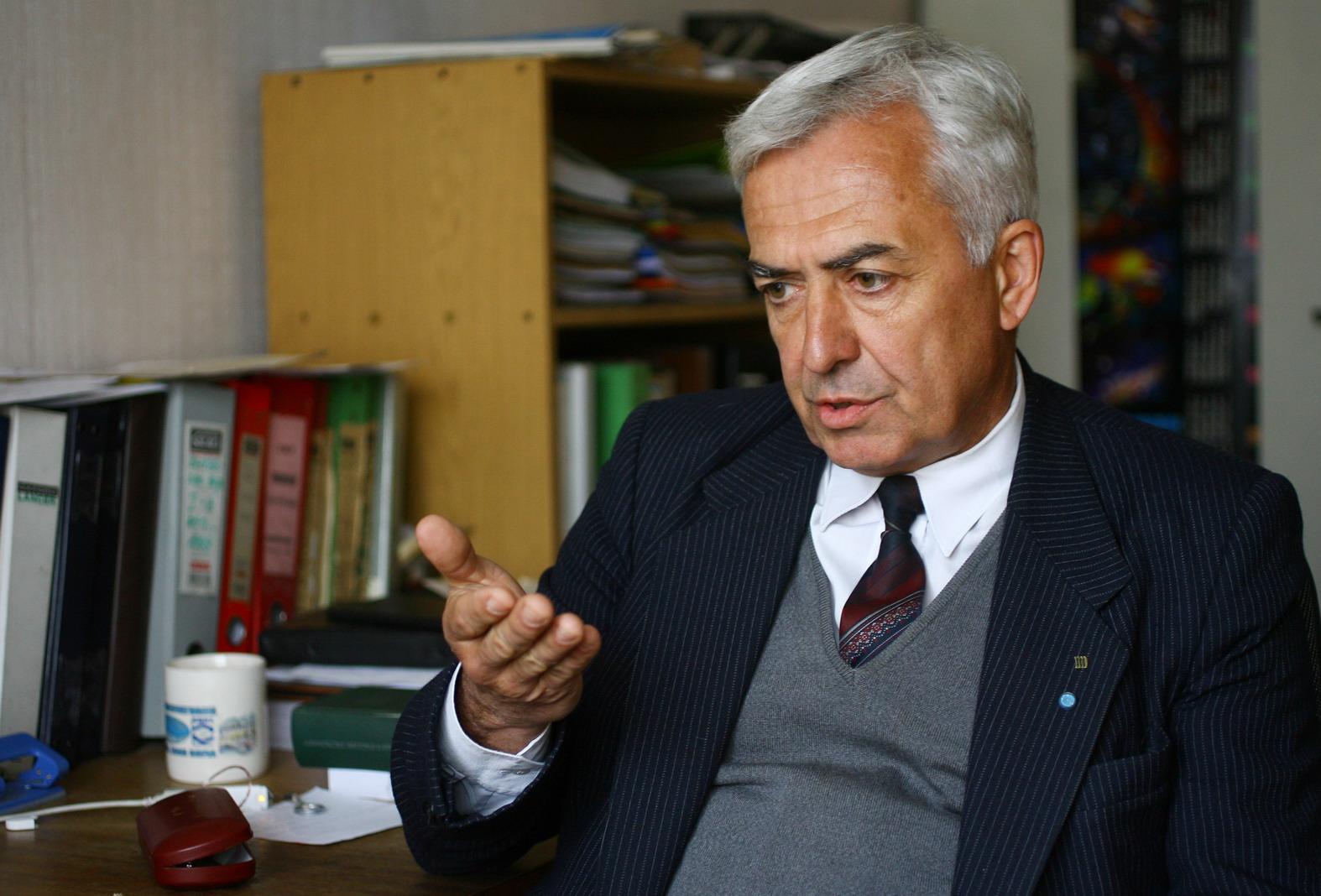 Prof. Lachezar Filipov